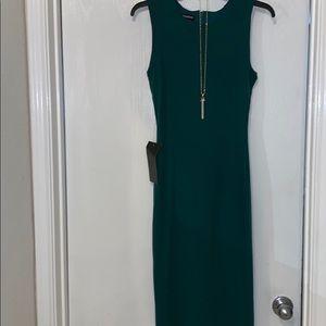 Bebe emerald green midi body con dress